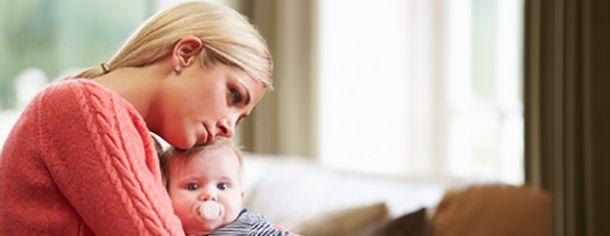 """Quali sono i """"sintomi"""" che ti fanno capire che non hai abbastanza fiducia in te stesso? Quali fattori hanno """"demolito"""" la sicurezza e l'autostima che avevi da piccolo? Oggi quali sono le conseguenze nella relazione con tuo figlio se ti senti un genitore insicuro e inadeguato? Ti scriviamo la soluzione a questi tre dilemmi per aiutarti a fare un passo…"""