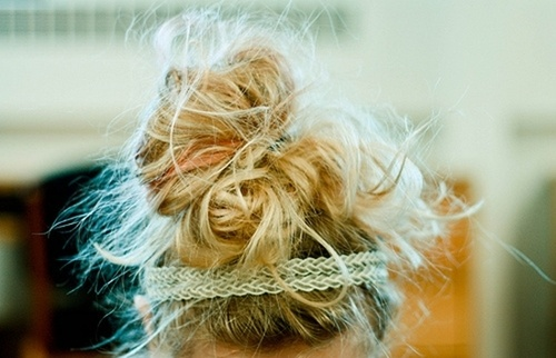 Messy up-do with lace.: Messy Hair, Lace Headbands, Beautiful Routines, Summer Hair, Long Hair, Messy Buns, Everyday Hair, Hair Looks, Hair Buns