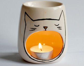 Cat Oil burner Yawning Cat Sleep Aid Candle by ZenibasAttic