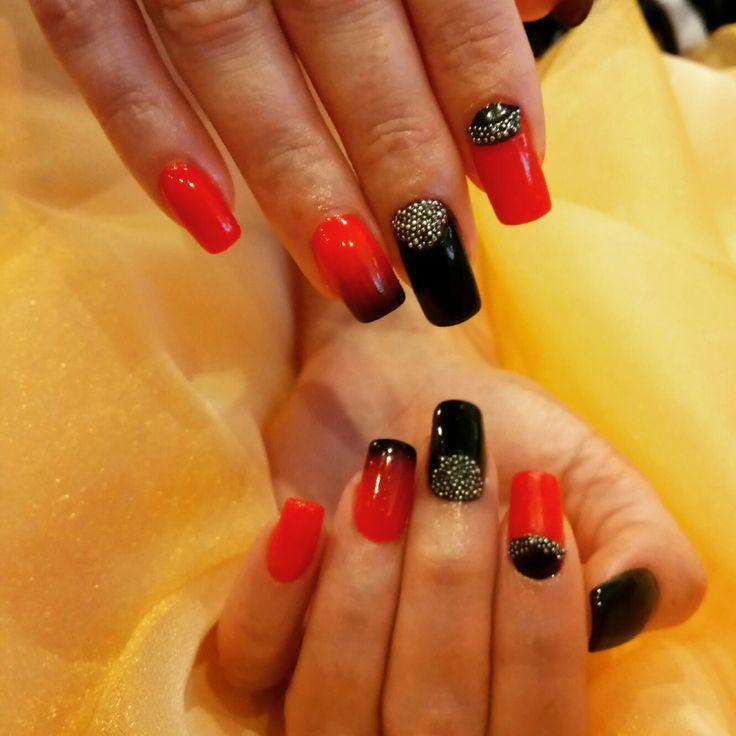 Red nails black nails blå naglar nails dekoration nails art