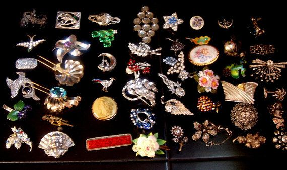 Super Lot brooches. From the 19th century the lava от ODMIVINTAGE