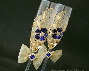 Wedding Glasses Peacock Glasses Champagne Flutes by NevenaArtGlass