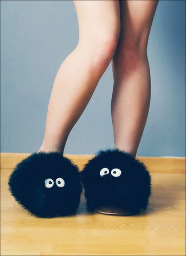 Soot Sprite slippers from Spirited Away! YAY!: Shoes, Dust Bunnies, Clothing, Susuwatari Slippers, Dustbunni, Soot Sprites, Spirit Away, Studios Ghibli, Sprites Slippers