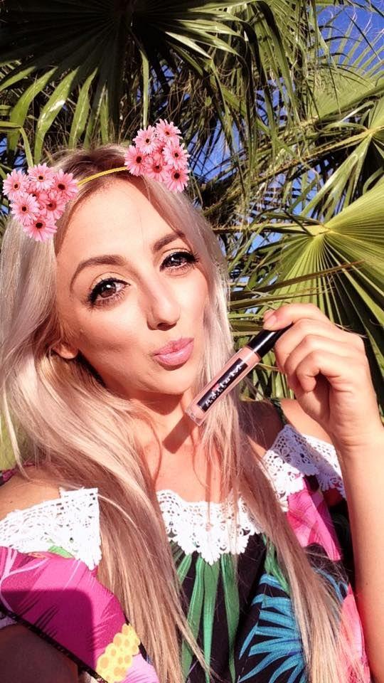 My fave Malika Colors Romania lipstick! 💄💋 — with Malika Colors Romania in Seville, Spain.