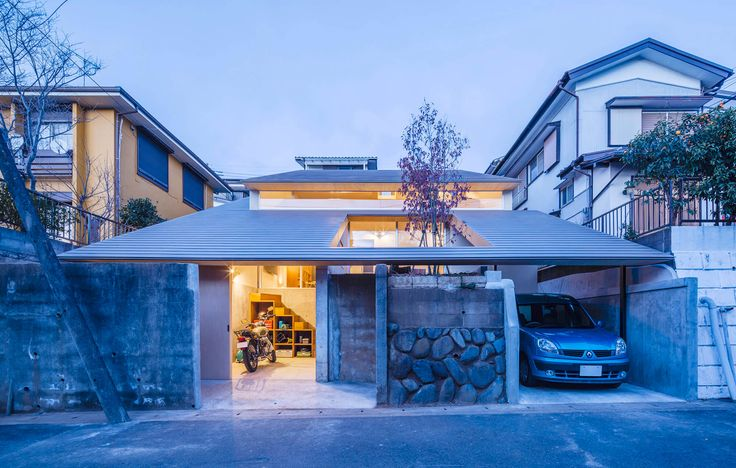 Titled Administrative House, this property can be found in Yokohama in the Kanagawa Prefecture of Japan. It was completed 2016 for a couple who like to tak
