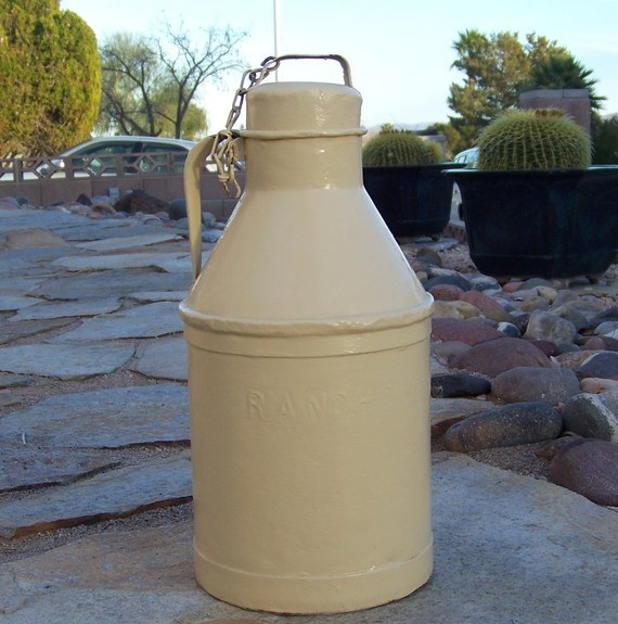 Vintage Milk Can by cynthiasattic on Etsy, $38.00