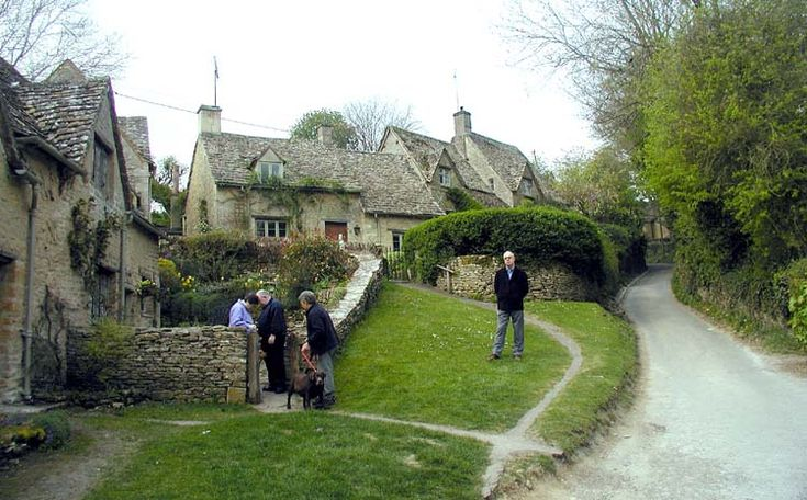 Cotswolds - Simple English Wikipedia, the free encyclopedia