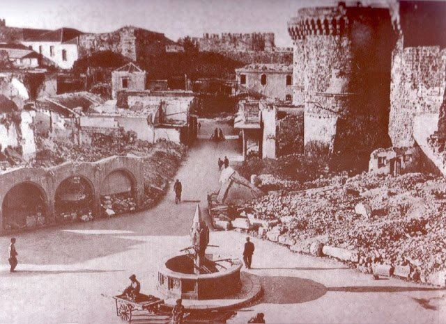Can you identify this square? It is the very popular main square of the Medieval town of Rhodes. We bet you you haven't seen it like this before!