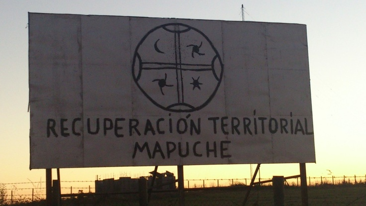 Billboard in Temuco, Chile promoting the recuperation of native Mapuche lands.  #mapuche #chile #kultrun  missionmapuche.org