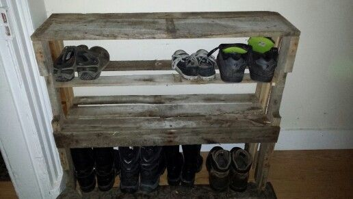 Old pallet shoe stand thing:p nice and sturdy like ikea!
