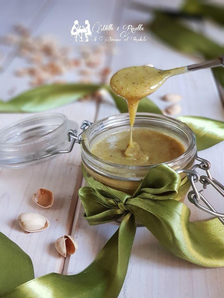 Crema spalmabile al pistacchio   http://blog.giallozafferano.it/mille1ricette/crema-spalmabile-al-pistacchio/  #mille1ricettei #blog #italia #blogger #best #amazing #italianfood #instagood #beautiful #cibo #cooking #cucina #delicious #delish #eat #eating #sweet #fashionfood #favorite #food #foodaddict #all_food_passion #homemade #foodart  #foodgasm #foodie #foodism #foodpics #foodporn #foodstyling