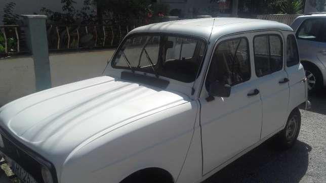 950 €: Vendo Renault 4 L, por não ter uso nenhum, encontrando-se parada à 1 ano. Precisa de algumas reparações de chapa. Tenho também 4 jantes especiais, um conjunto de amortecedores novos, ainda embalados e...