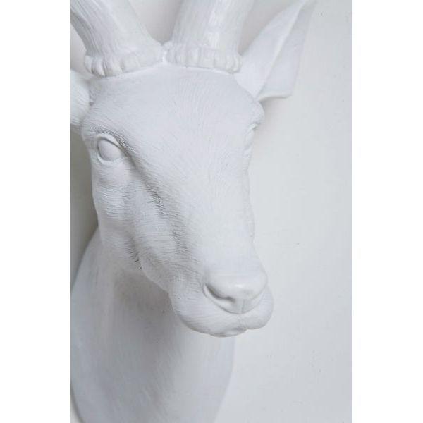 Διακοσμητικό Head Deer White Ένα άκρως εντυπωσιακό διακοσμητικό από Polyresin σε άσπρο χρώμα. Ένα κεφάλι ελαφιού που θα θυμίζει κάτι από χειμώνα και Χριστούγεννα όλο το χρόνο.