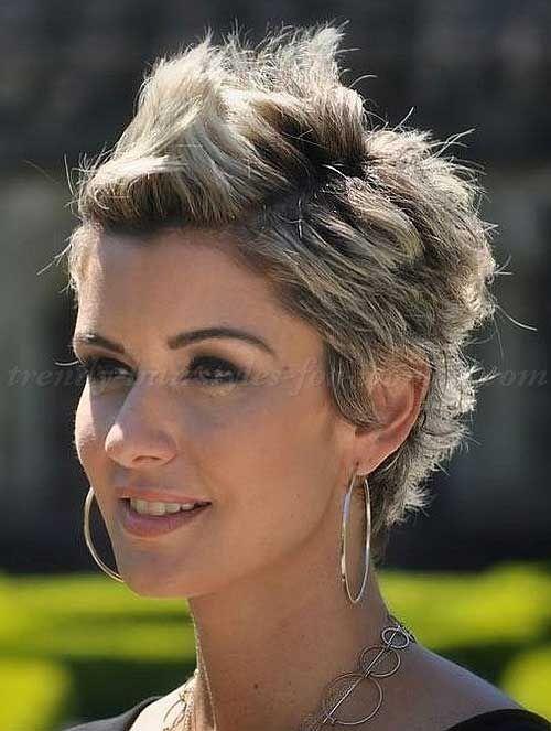 28 Trendy Faux Hawk Hairstyles for Women 2018