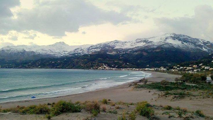 Plakias with snow view to the mountains! Plakias mit Schnee Aussicht auf die Berge! Ο Πλακιάς με θέα τα χιονισμένα βουνά! www.alianthos.gr - info@alianthos.gr