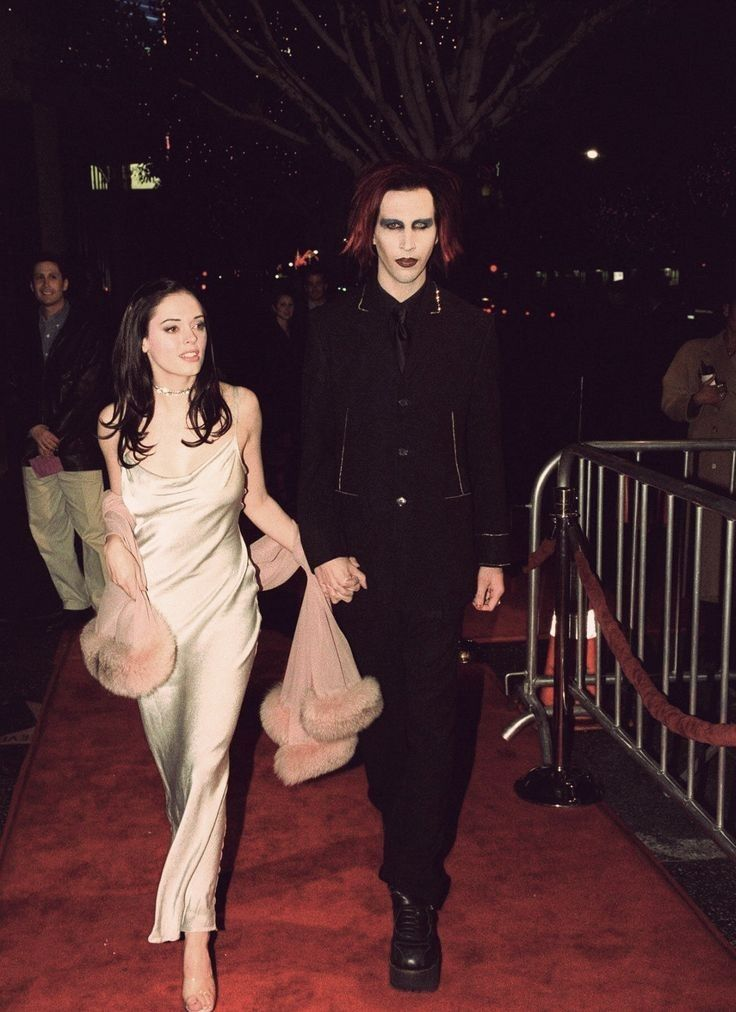Pin By Vika On Carpet Moments Celebrities Celebs Marilyn Manson
