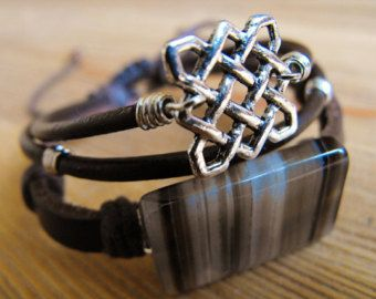 Stripey Gemstone! A large Banded Agate with a square Celtic Knot in a Leather Bracelet