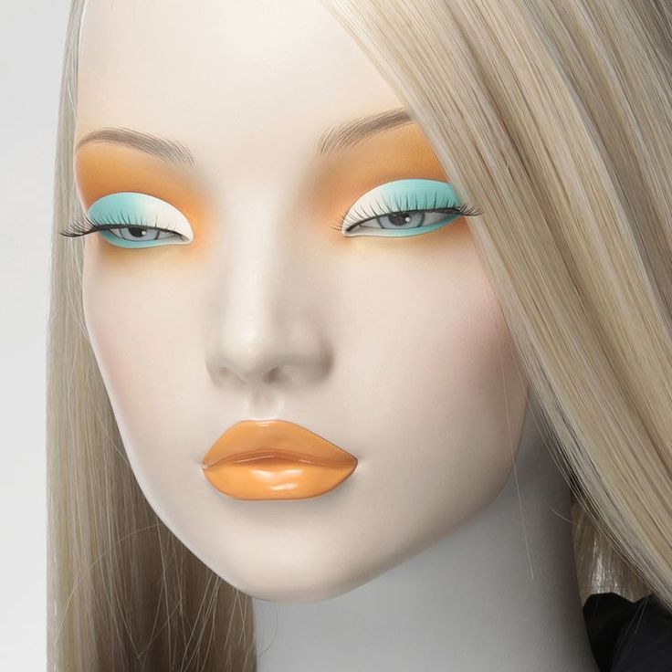 Window Mannequins - eye
