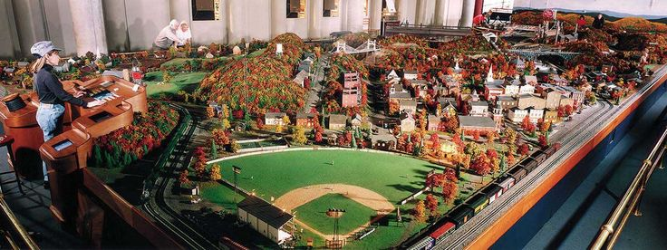 Carnegie Science Center: Miniature Railroad & Village- Features some of Pittsburgh's most known sights only in   small form!  Kids will love exploring all of the exhibits including the Miniature Railroad!