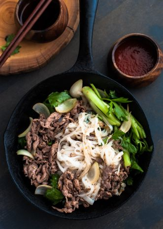 Stir-fry Pho Noodle with Beef | Rice kitchen
