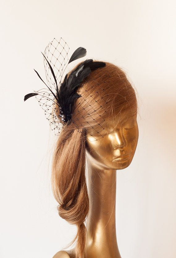 Black Birdcage Veil FASCINATOR with Feathers. by ancoraboutique