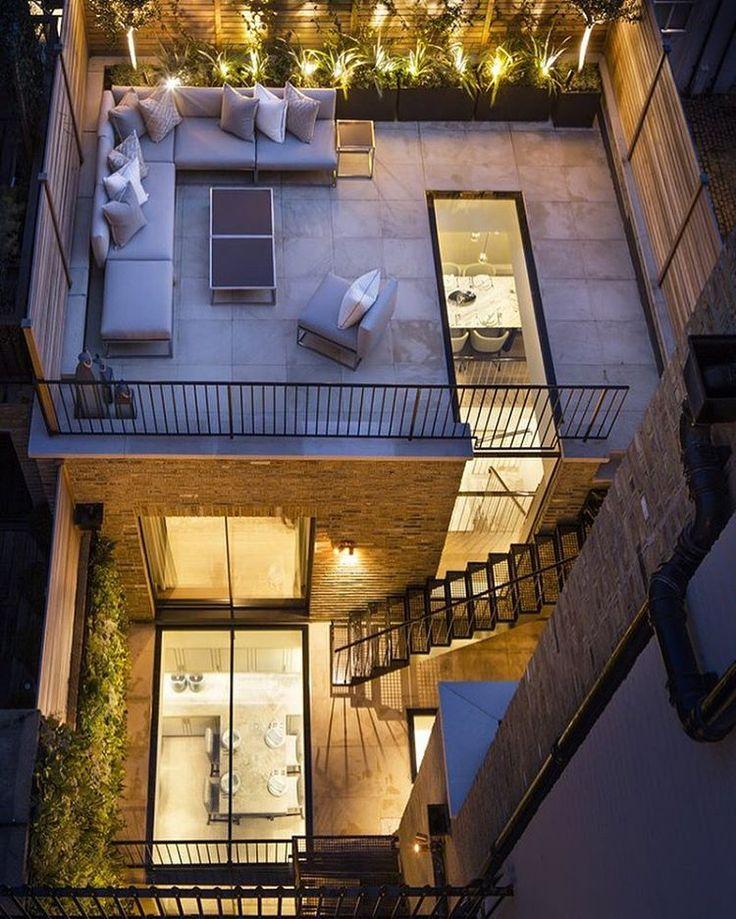 Vedi la foto di Instagram di @architectdesigne • Piace a 9,533 persone | #outdoorliving #rooftoppatio