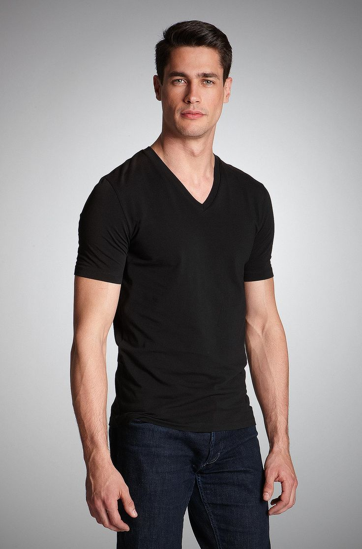 Best Clothing Brands With Minimalist Designs Men