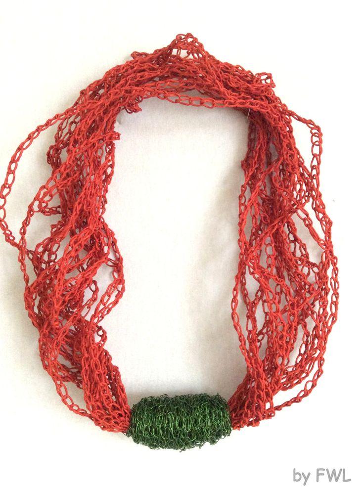 Papierkette rot/grün von FilzWollLust auf Etsy