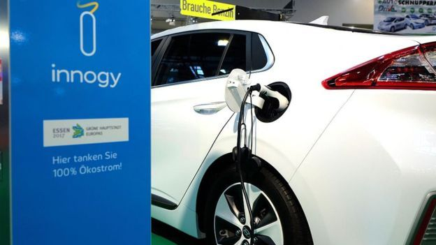 Why fully electric cars may be stuck in the slow lane.