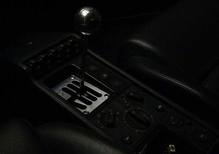Ferrari manual change details