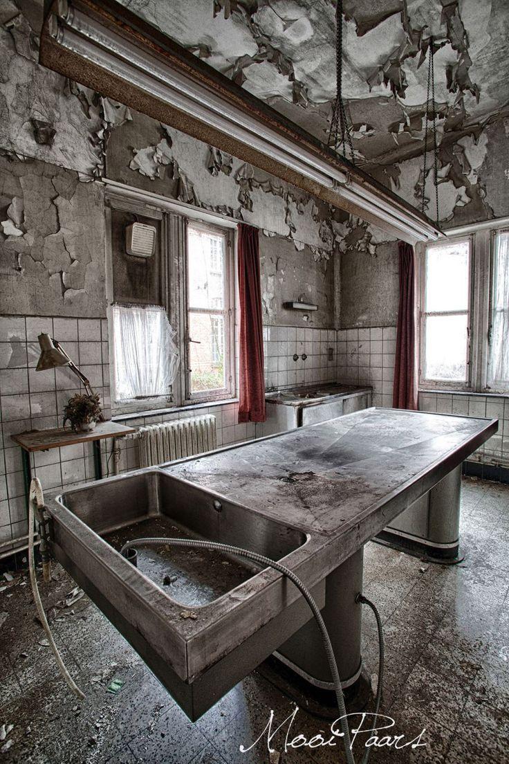 ospedale psichiatrico abbandonato in Belgio