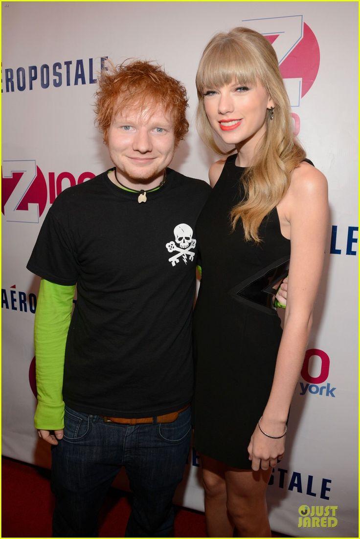 Taylor Swift - Z100's Jingle Ball 2012   taylor swift z100 jingle ball 2012 04 - Photo