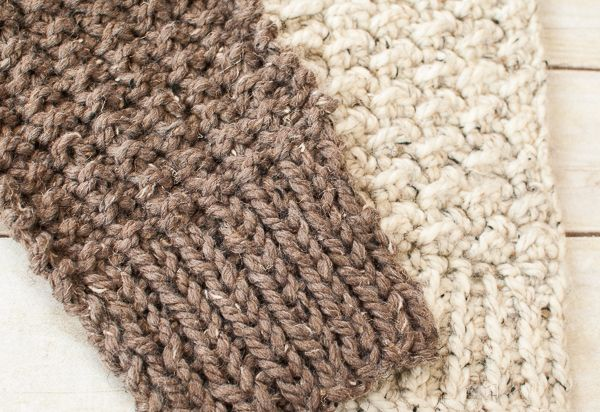 Quick and Comfy Knit Scarf Pattern www.petalstopicots.com #knit