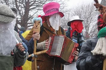 Now in its third year, the St. John's Mummers Festival is helping breathe new life into a beloved Newfoundland tradition. Want to join in the fun? See below for a list of events and activities planned for this year's festival.  Hobby Horse Workshops (Victoria Park poolhouse)  Learn to make your own hobby horse, a traditional mummering accessory. ...