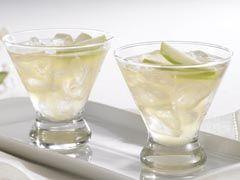 Lemon Appletini, apple juice, crystal light lemonade flavor, club soda, only 50calories