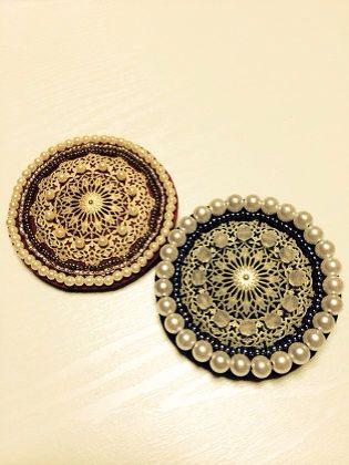 アクセサリー:ビーズ刺繍のブローチ
