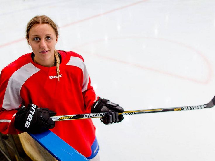 Hanna Olsson, a 15 year old student from the west coast in Sweden and already a gold medalist from SHL in 2013 and a participant in the national team of Ice hockey.