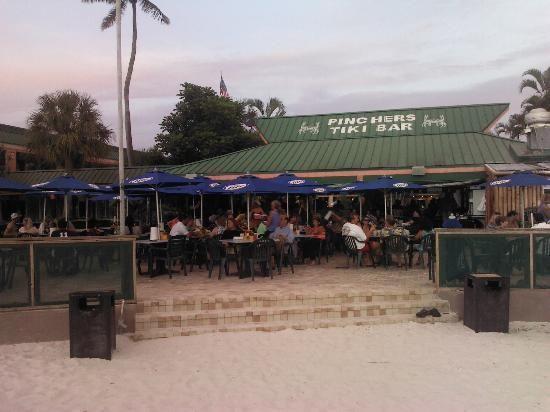 Pincher S Crab Shack Tiki Bar 6890 Estero Blvd Fort