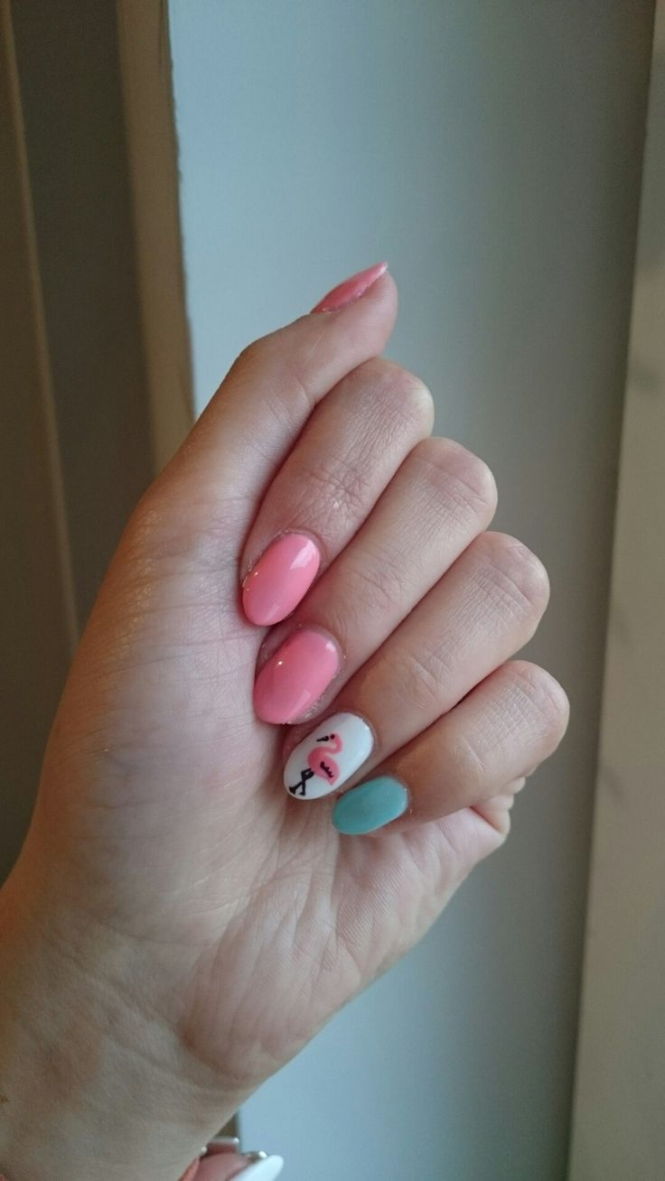 102 semilac pastel peach and 73 caribbean see with handmade flamingo on 001 strong white. Summer flamingo nails