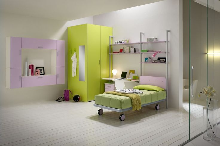 Compositions and practical elements, functional and quality that make children's rooms ideal for any activity and requirement. http://www.spar.it/sp/it/arredamento/proposta-web-20.3sp?cts=camerette_web