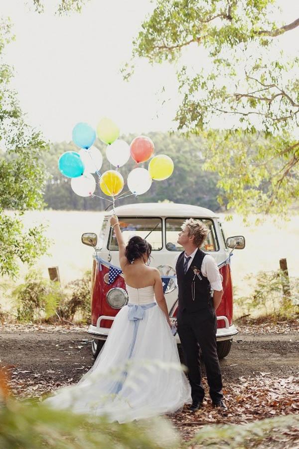 alice in wonderland, australia, rock n roll bride. Absolutely love love love this wedding!!