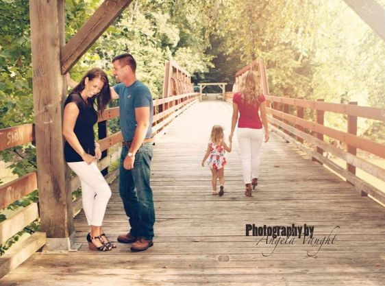The memories are what it's all about... Somerset Ky Photographer  #www.photographybyav.com #familyportraits