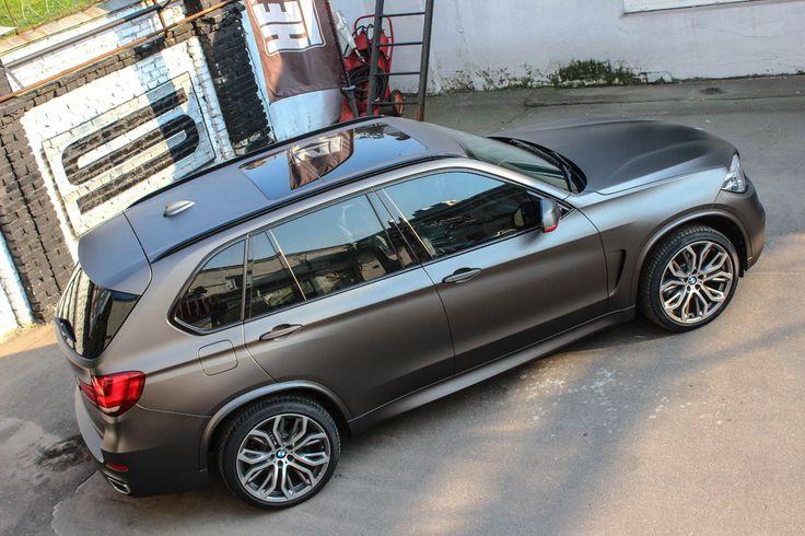 BMW X5 f15 wrapped in Hexis graphite matte metallic Графитовый матовый металлик от Hexis