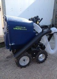 This self propelled utility vacuum is mounted on a 4 wheel drive micro mover. For more info: http://www.fresh-group.com/utility-vacuum-and-sweepers.html