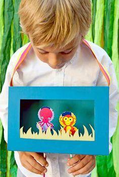 Teatro portátil, feito a partir duma caixa de cereais. Tutorial em: http://www.handmadecharlotte.com/traveling-water-octopus-amphitheater/ DIY Recycled Traveling Under Water Octopus Amphitheater with FolkArt Chalk Paint