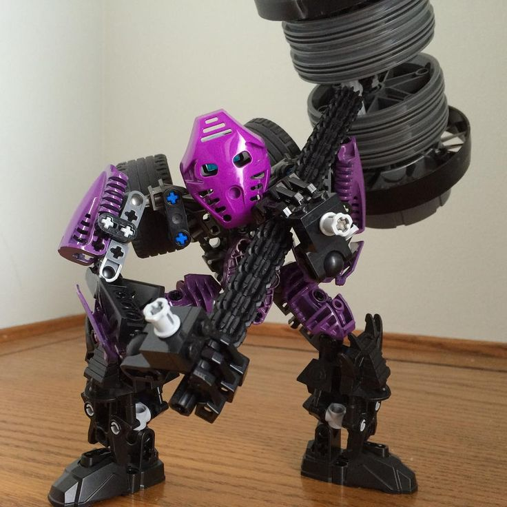 Onepu - Toa of Gravity #gravity #onepu #thor #hammer #purple #seismic  #lego #moc #bionicle #toa #legotechnic #bionicle2015 #spherusmagna #legomoc #toadekar #biogram #matanui