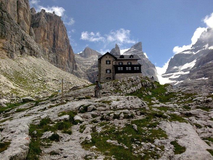 Rifugio Tuckett - Trentino © Manuela Burgassi - our Facebook fan - http://www.visittrentino.it/it/a/rifugi-rifugi-alpini/madonna-di-campiglio-pinzolo-e-val-rendena/madonna-di-campiglio/rifugi-baite-madonna-di-campiglio-f-f-tuckett-e-quintino-sella