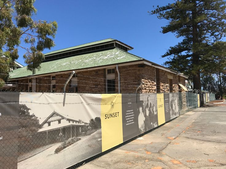 2017 chainmesh fencing install by TWF at heritage listed buildings in Perth.