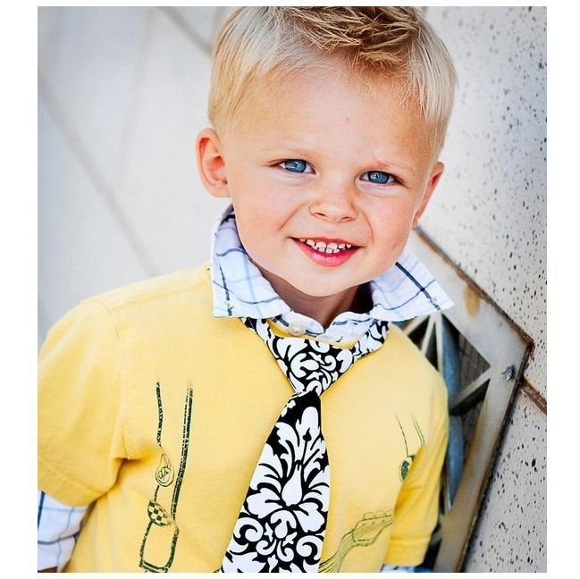 Blonde Short Hair Blue Eye Light Skin Tone Yellow Outfit Boy