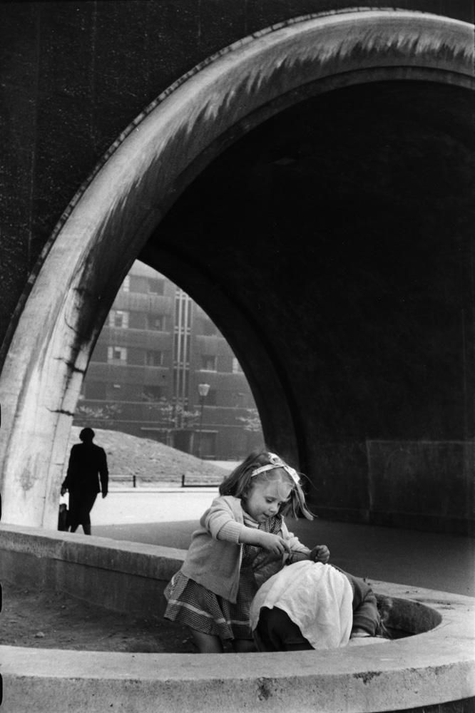 by Marc Riboud, 1954